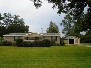 21782 US Highway 331 N, Laurel Hill, FL