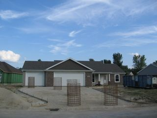 440 North Deer Path, Columbia City IN