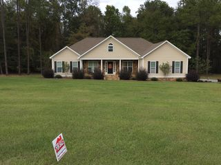 155 Country Woods Ct, Poulan, GA