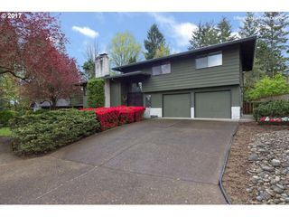 4905 NW Malhuer Ave, Portland, OR