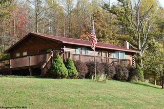 248 Brooke Dr, Grafton, WV