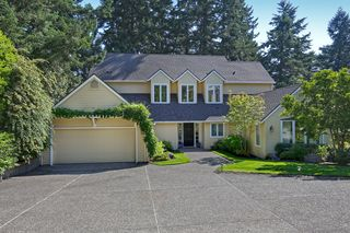1809 Headlee Ln, Lake Oswego, OR
