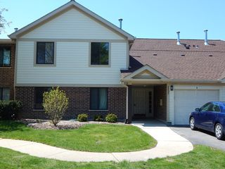 2332 N Old Hicks Rd, Palatine, IL
