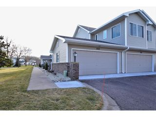 1553 Creek Meadows Dr NW, Coon Rapids, MN