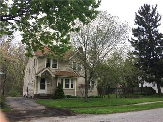 48 Pearwood Rd, Rochester, NY
