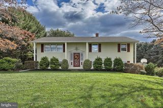 1270 Old Mountain Rd, Wellsville, PA