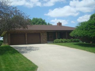 218 S 6th St, Howells, NE