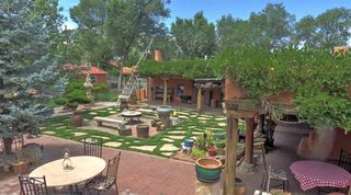 9 Plaza Vieja, Ranchos De Taos NM