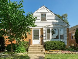4023 Maple Ave, Brookfield, IL