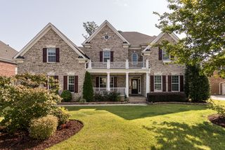 1433 Carpenter Town Ln, Cary, NC