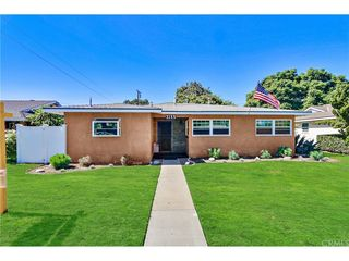 3155 Palo Verde Ave, Long Beach, CA