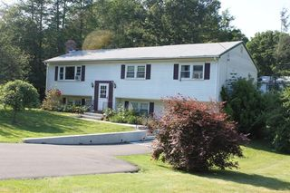 145 Bear Path Rd, Hamden, CT