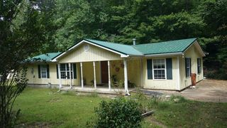 1494 Lick Creek Rd, Linden, TN
