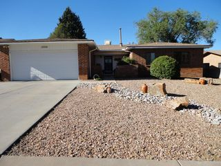 8908 Rough Rider Rd NE, Albuquerque, NM