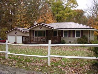 120 Shady Grove Rd, Bruceton Mills, WV