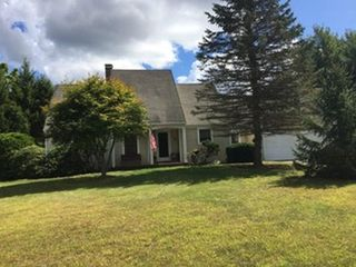 17 Keith Dr, Hope Valley, RI