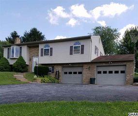785 Piketown Road, Harrisburg PA