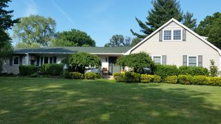 7 Hastings Dr, Northport, NY