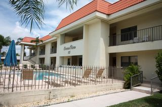 115 Bamboo Rd #102, Palm Beach Shores, FL