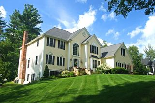 6 Leeds Way, Southborough, MA