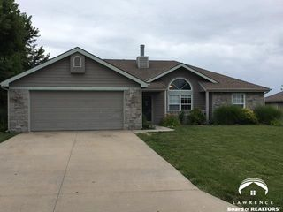315 W 26th St, Eudora, KS