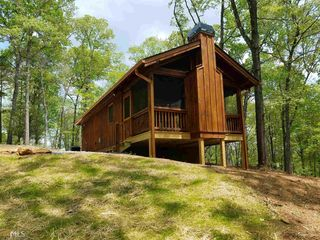 154 Wolf Creek Rd, Mineral Bluff, GA