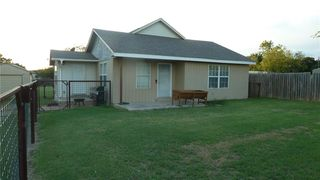 200 Hickory St, Chico, TX