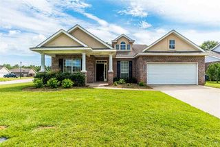 1287 Pembroke Way, Foley, AL