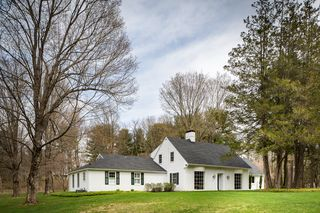 192 Wells Hill Rd, Lakeville, CT