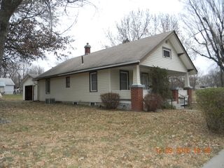 444 W 15th St, Horton, KS