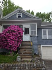 44 Ingleside Ave, Worcester, MA