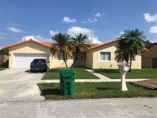 9967 SW 152nd Ter, Miami, FL