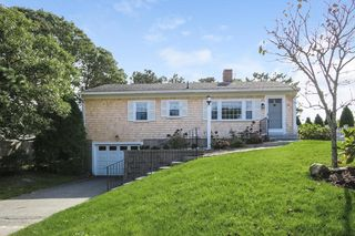 88 Stepping Stones Road, Chatham MA
