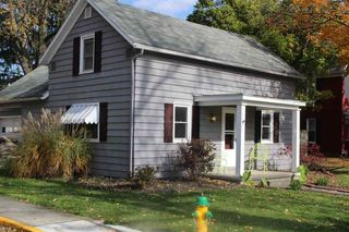 327 W South St, Bluffton, IN