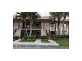 302 Lakeview Drive #103, Weston FL