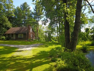 51 Main Rd, Great Barrington, MA