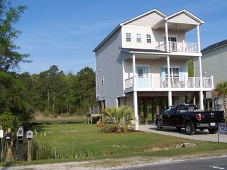 250 Riverside Dr, Sneads Ferry, NC