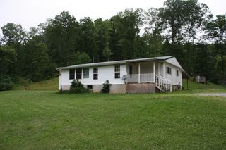 123 Shamblin Run Rd, Procious, WV