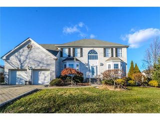 58 Rotunda Ln, South River, NJ