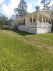 18238 Railroad Ave, Fountain, FL