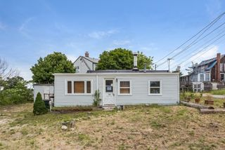 128 Old Point Rd, Newburyport, MA