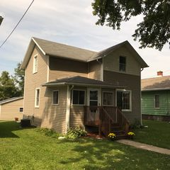 243 15th Ave, East Moline, IL