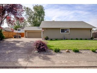 3755 S Mountain View Dr SE, Albany, OR
