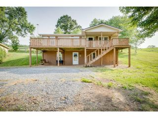 732 Mill Springs Rd, Jonesborough, TN