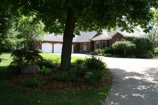 213 S Barrington Dr, Hampton, IL