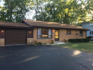 154 W Wood St, New Lenox, IL