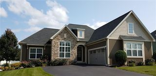 76 High Stone Cir, Pittsford, NY