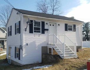 2 Letendre Ave, Suncook, NH