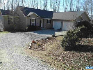 327 Deer Wood Ct, Roseland, VA