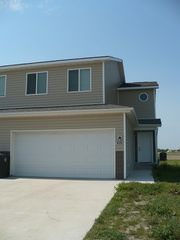 828 Knife River Dr, Stanley, ND